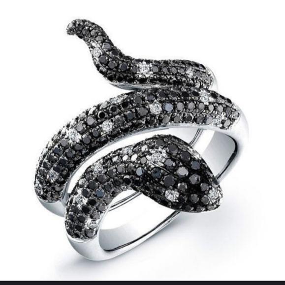 2XHP!! NWT Black Rhinestone Goth Snake Ring!5